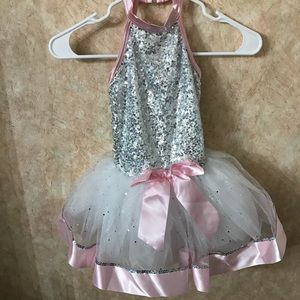 NEW ADORABLE CHILDS DANCE COSTUME